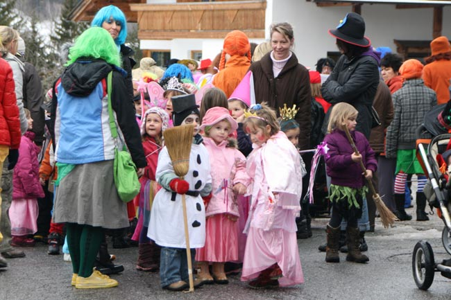04_Kinderfasching_E09