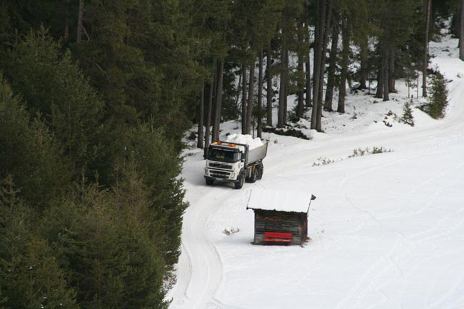 SchneeTransport2010-12-23_01