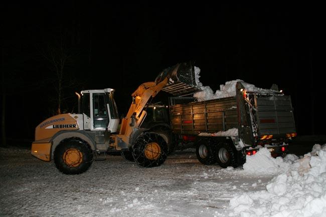 SchneeTransport2010-12-23_21