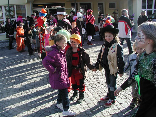 Kinderfasching2011_12