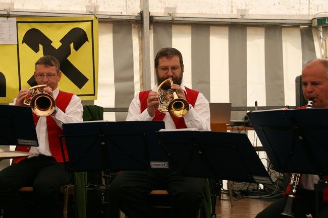 MaifestMieming2011-04-30_17