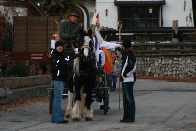 Nikolo2011-12-05_01E