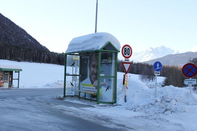 BushaltestelleHolzleiten2012-01-15