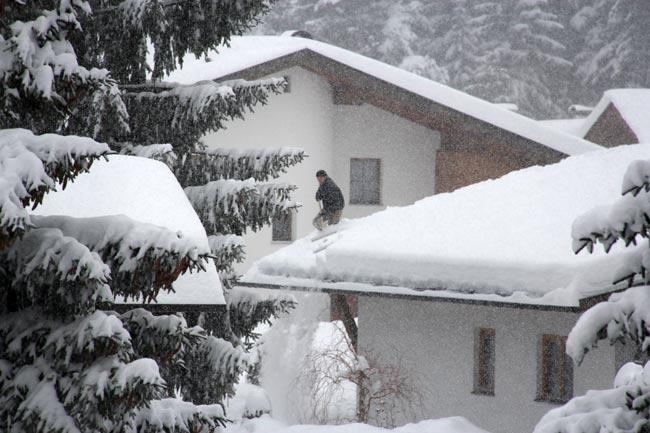 SchneeschauflerHeidegger2011-12-31_2