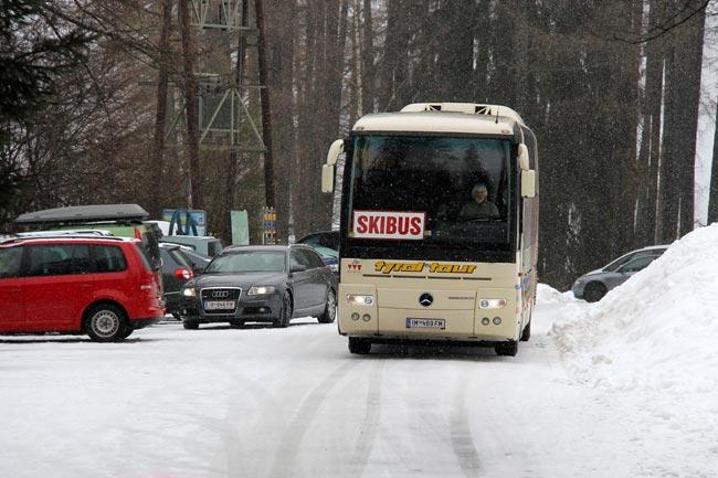 Skibus2011-12-24