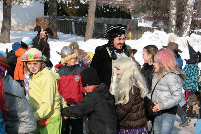 Kinderfasching2012-02-10_01E