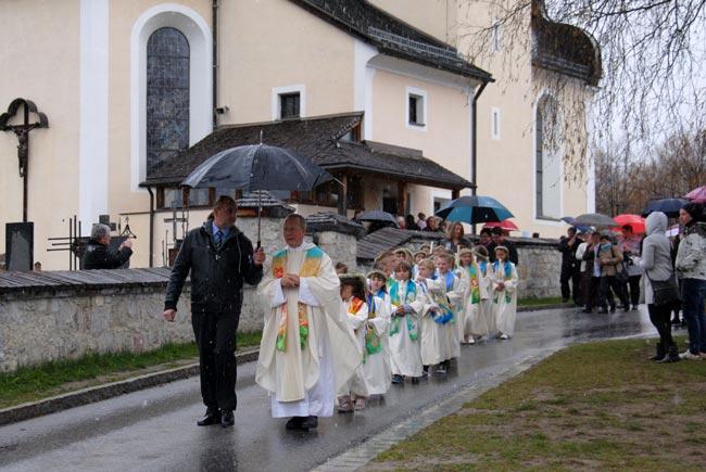 Erstkommunion2012-04-22_27H