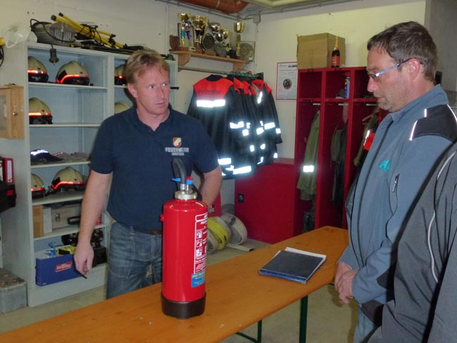Feuerloescher2012-04-21_09