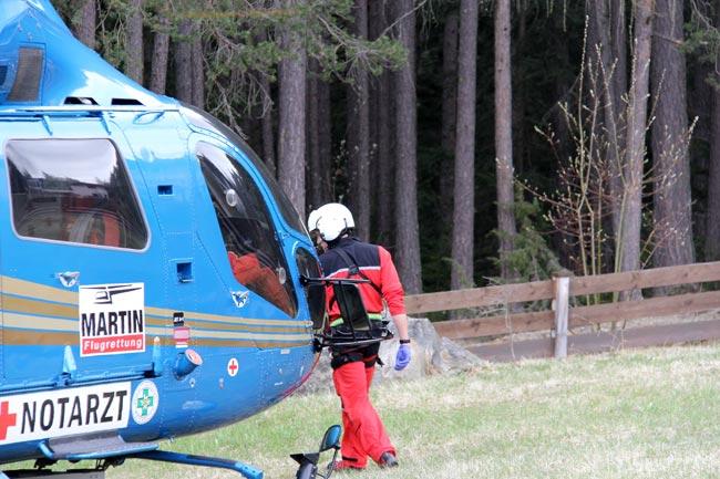 Hubschrauber2012-04-21_08