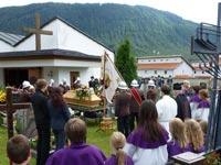 00_BegraebnisRudig2012-07-13_40