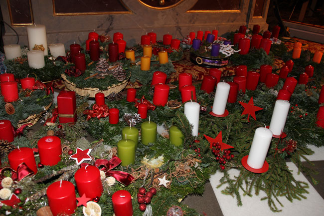 Adventkranzweihe2012-12-01 3