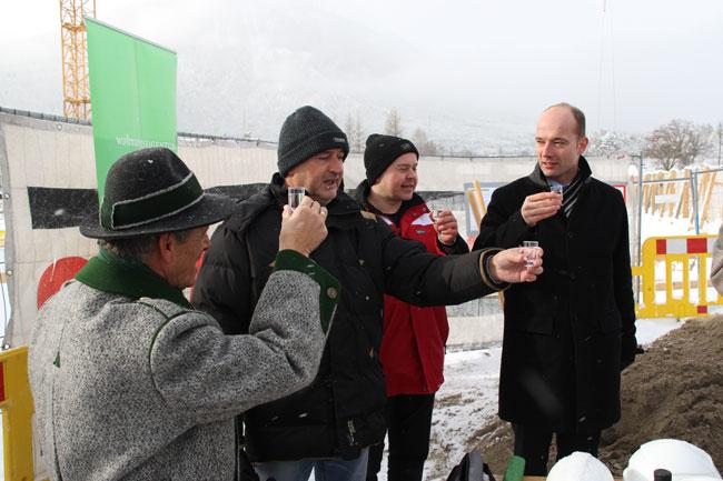 WE-Spatenstich2012-12-10 33