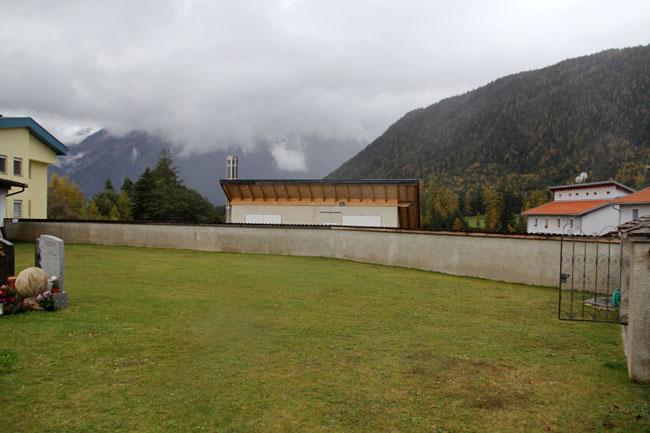 FriedhofUrnenwand2013-11-03