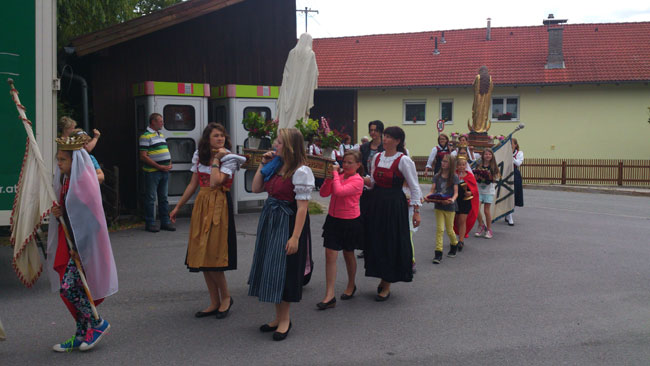 Fronleichnam2014-06-19 16Andreatta