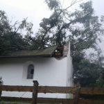 Das Dach ist verschoben worden